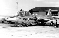 104846 CF-104 12846 439 sqn TigerMeet_Leuchars_jul66_Harry Prins_Corr