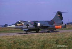 23+76-f-104g-JG-71-binbrook-01oct-1973_heribert-mennenx