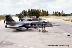 D-8053_1976