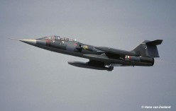 MM54235_4-31_Wildenrath_1990