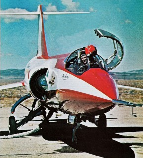 2051_F-104RB_AirProgress1
