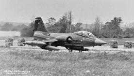 RT-654_Wethersfield_rot_1977_FrankSwinkelsX