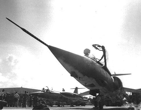 57-916_Muniz_1967
