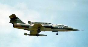 4147 TF-104G 61-3030 ROCAF
