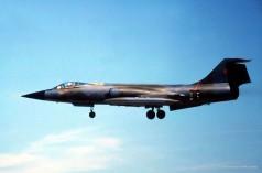 104732 CF-104 732 CAF_Al