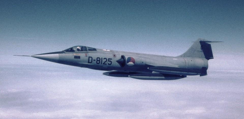 D-8125_1967_PeterZandbergen_HPrinsColl233X4
