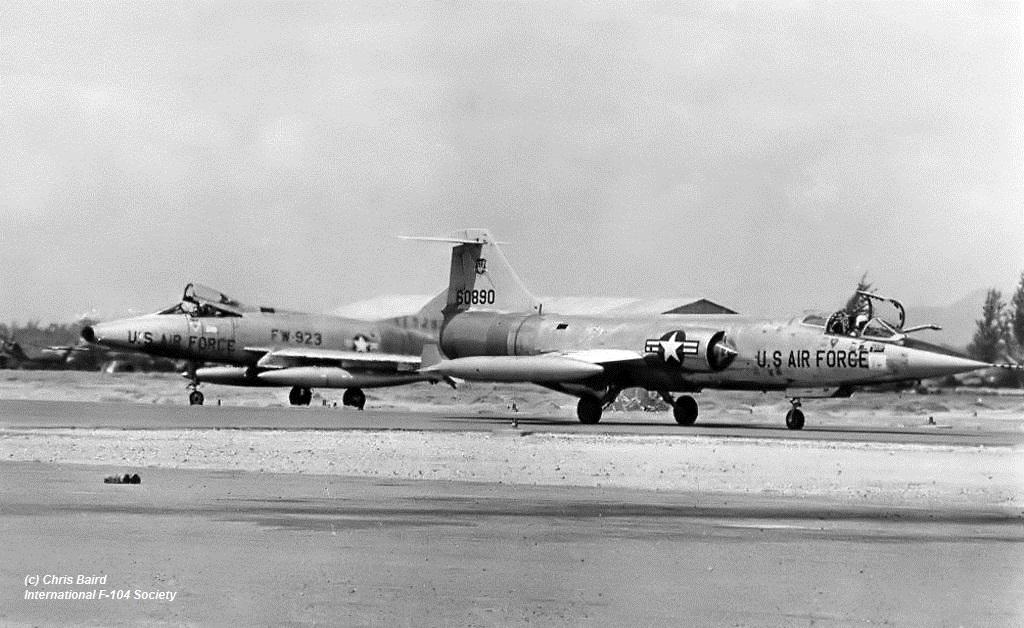 56-890 F-104C 479th TFW DaNang 1965X